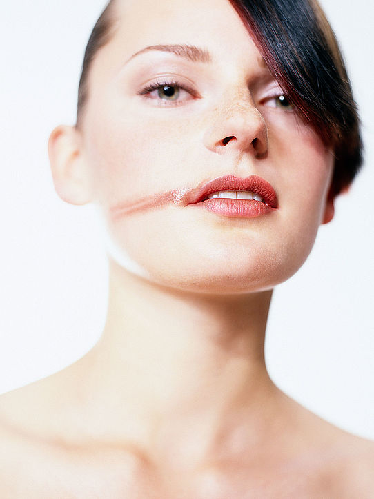 Ben-Stelzer-Visagist-Hairstylist-Hair-and-Make-up-Top-Agence-Düsseldorf