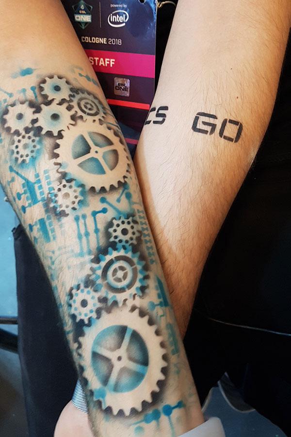 Corinna Lenzen Airbrush Tattoo Top Agence