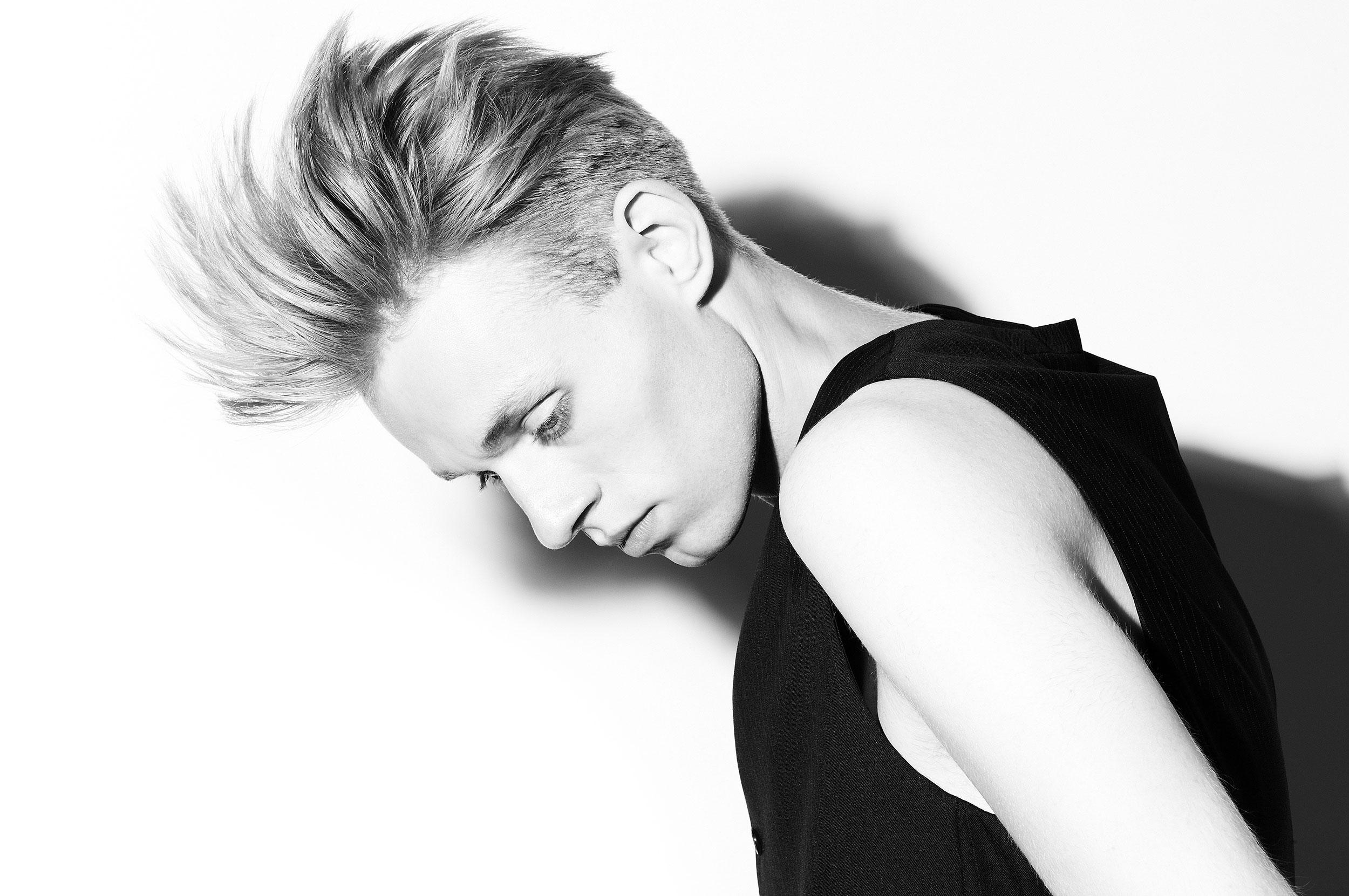 Jens-Gabor-Visagist-Hairstylist-Hair-and-Make-up-Top-Agence-Düsseldorf